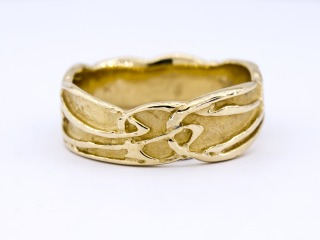 Manx Celtic And Archibald Knox Style Jewellery Rings Bracelets Necklaces Pendents And Much More From The Isle Of Man Celtic Gold